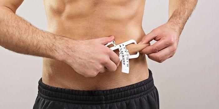 kuidas poletada rasva oma polvede umber